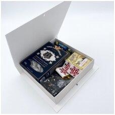 """Rinkinys dėžutėjė """"knyga"""""""